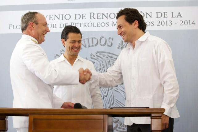Atestigua el Presidente Enrique Peña Nieto firma de convenio entre PEMEX y SEMAR
