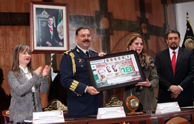 Los hombres del Presidente debemos conducirnos con rectitud, honestidad y lealtad: General Roberto Miranda Moreno