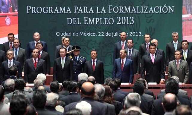 Se reúne el Presidente Enrique Peña Nieto con Gobernadores