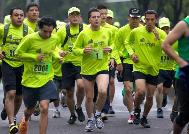 Participa el Presidente Enrique Peña Nieto en la tercera edición de la carrera Molino del Rey