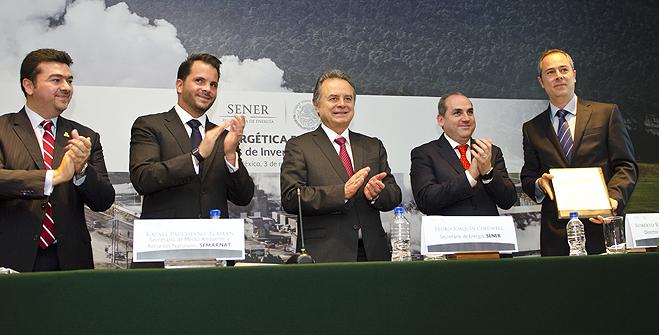 Otorga el Gobierno de la República la primera concesión para explotación de geotermia a inversionistas privados