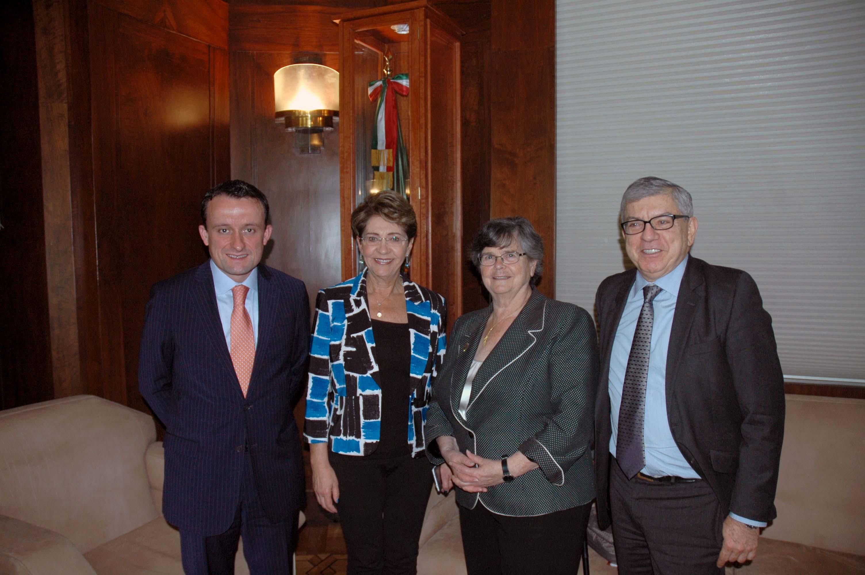 Reunión con miembros de la Comisión Global de Políticas de Drogas.