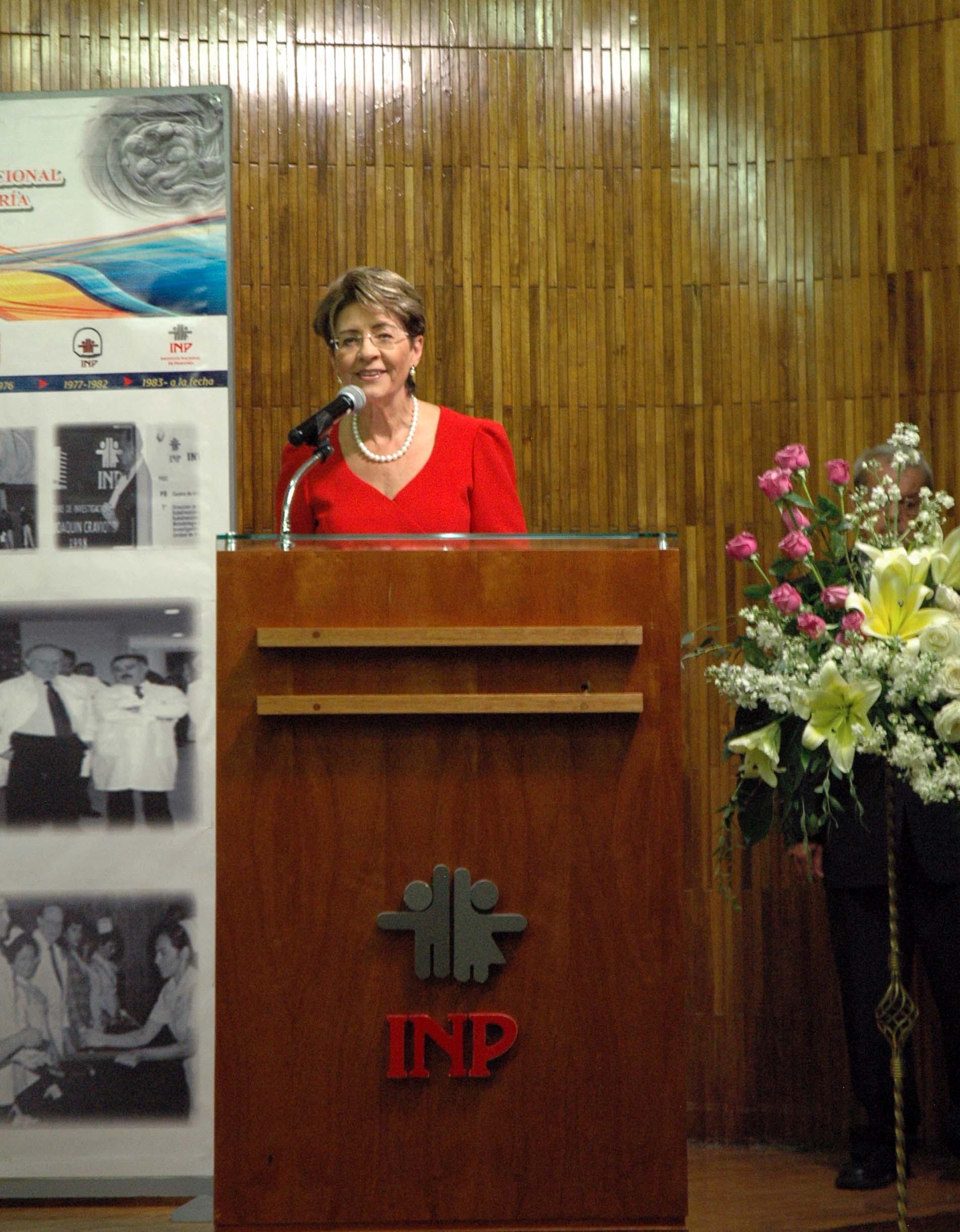 La Secretaria de Salud, doctora Mercedes Juan, encabezó la ceremonia del 45 aniversario.