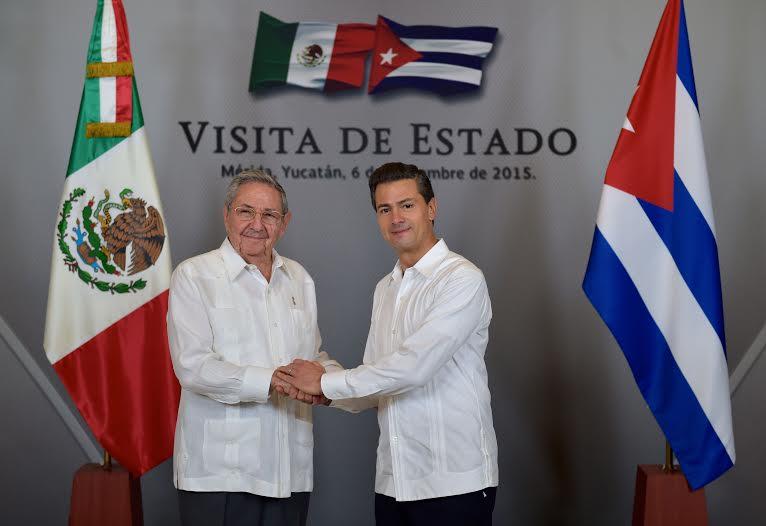 """""""Nos complace, además, el interés de las empresas mexicanas en hacer negocios e invertir en Cuba. Especialmente, en la zona especial de desarrollo de Mariel, y en sectores como la agricultura y el turismo"""", Raúl Castro Ruz."""