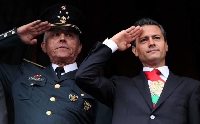 Encabezó el Presidente Peña Nieto el Desfile Militar conmemorativo del 203 aniversario del inicio de la Independencia