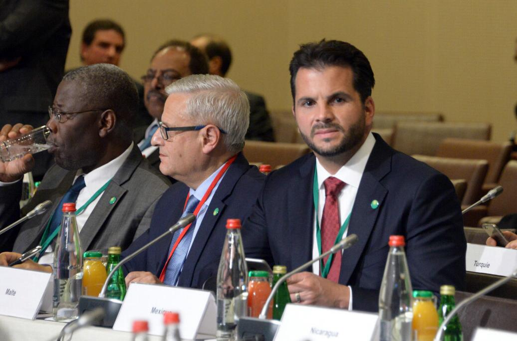 El secretario de la Semarnat, Rafael Pacchiano Alamán, reiteró el compromiso que tiene México  de seguir trabajando en el fortalecimiento de sus estrategias de mitigación y adaptación al cambio climático