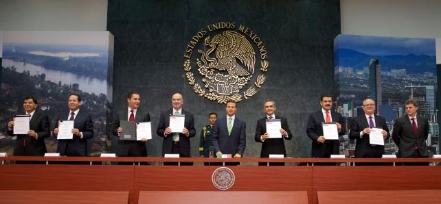 Expresa EPN su reconocimiento a diputados y senadores por los avances legislativos alcanzados en las recientes sesiones extraordinarias