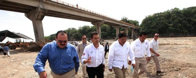 Devolverle al paz, el desarrollo y la tranquilidad a Michoacán, compromiso del Gobierno de la República: Enrique Peña Nieto