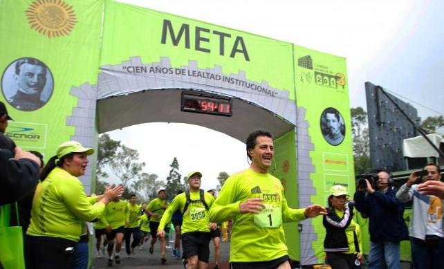 Entrevista que concedió el Presidente de los Estados Unidos Mexicanos, Enrique Peña Nieto, al término de la 3ª Carrera Molino del Rey