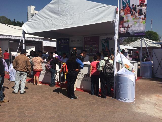 Se inauguró la Feria de Organizaciones de la Sociedad Civil convocada por el Instituto Nacional de Desarrollo Social