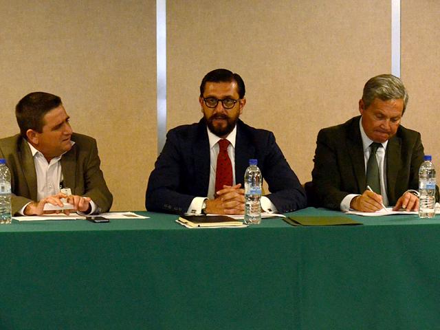 Reunión del subsecretario Jorge Narváez Narváez con el Consejo Directivo de la COFUPRO.