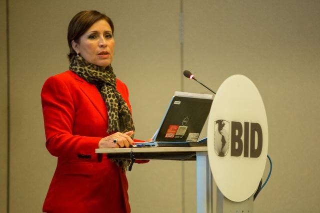 Rosario Robles en el Banco Interamericano de Desarrollo