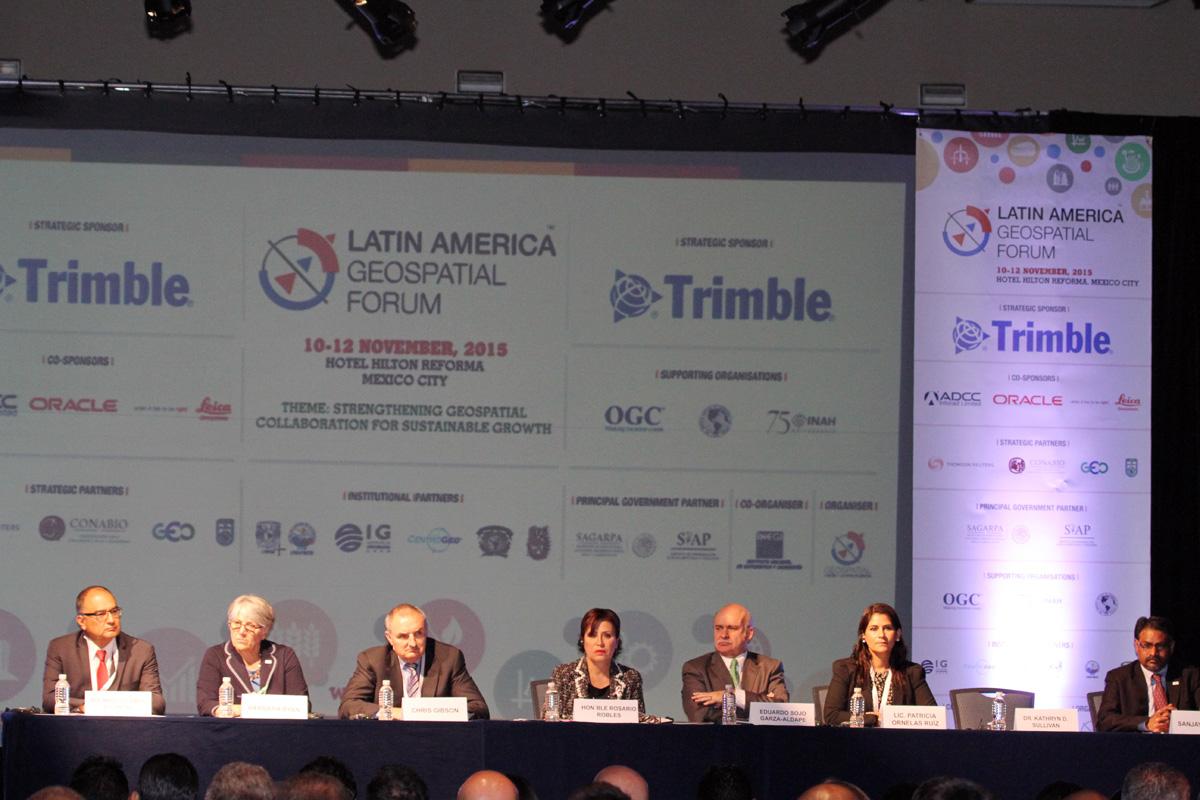 El Gobierno de la República, a través de la SEDATU y el INEGI, ponen en marcha mediante la plataforma www.datos.gob.mx este nuevo mapa digital de México, donde habrá información pública de todo el gobierno de México y del mundo.