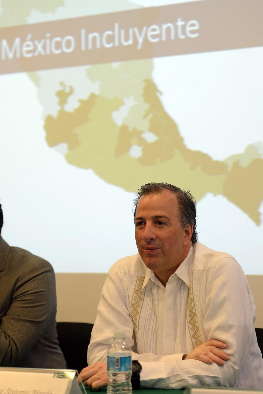 Secretario José Antonio Meade en su conferencia en el Instituto Tecnológico Autónomo de México