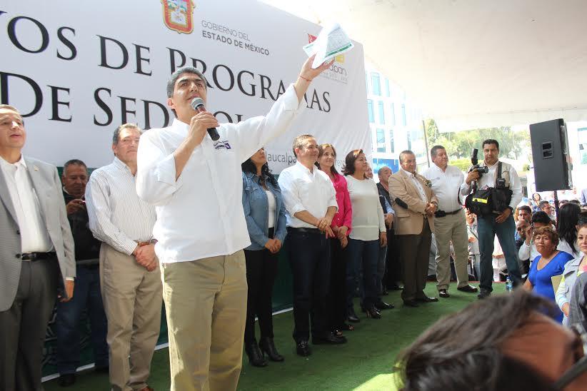El subsecretario de Desarrollo Social y Humano de la Sedesol, Ernesto Nemer Álvarez, realizó un recorrido de trabajo por Naucalpan para tomar protesta a vocales de PROSPERA