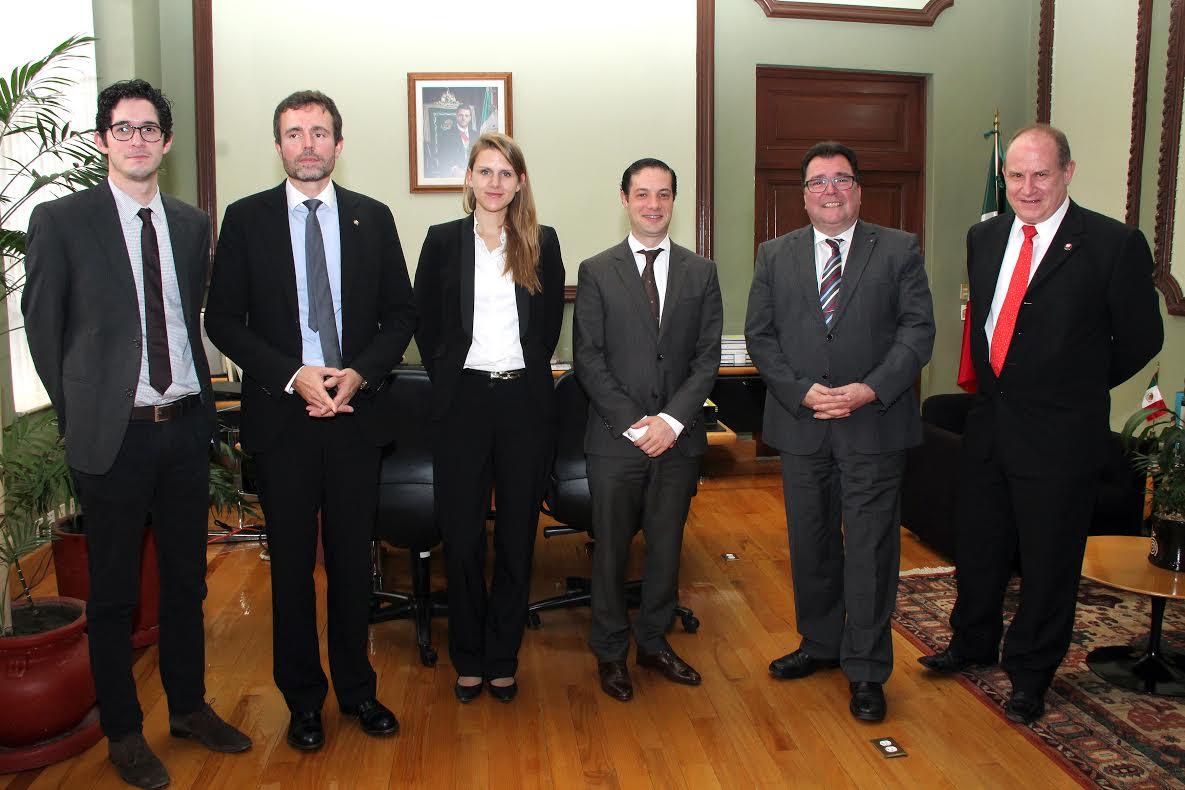Se reúnen autoridades educativas de México y de la Confederación Suiza.