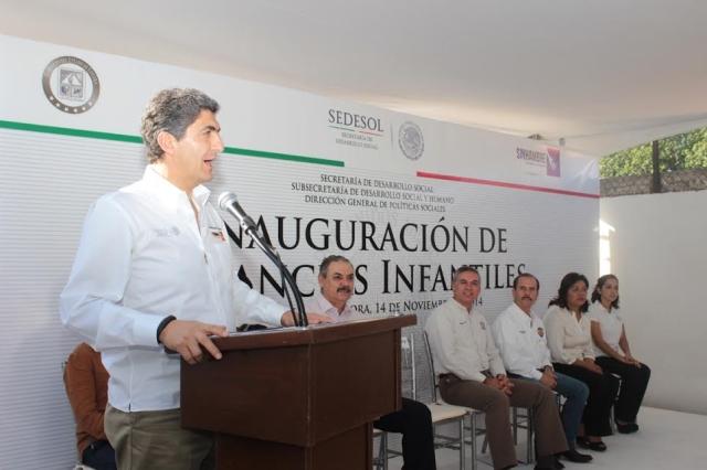 El Subsecretario de Desarrollo Social y Humano de la Sedesol, Ernesto Nemer Álvarez, entregó recursos y supervisó programas durante gira de trabajo.
