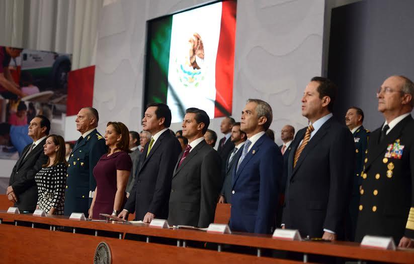 El Presidente Enrique Peña Nieto encabezó la Sesión Ordinaria del Consejo Nacional de Protección Civil.