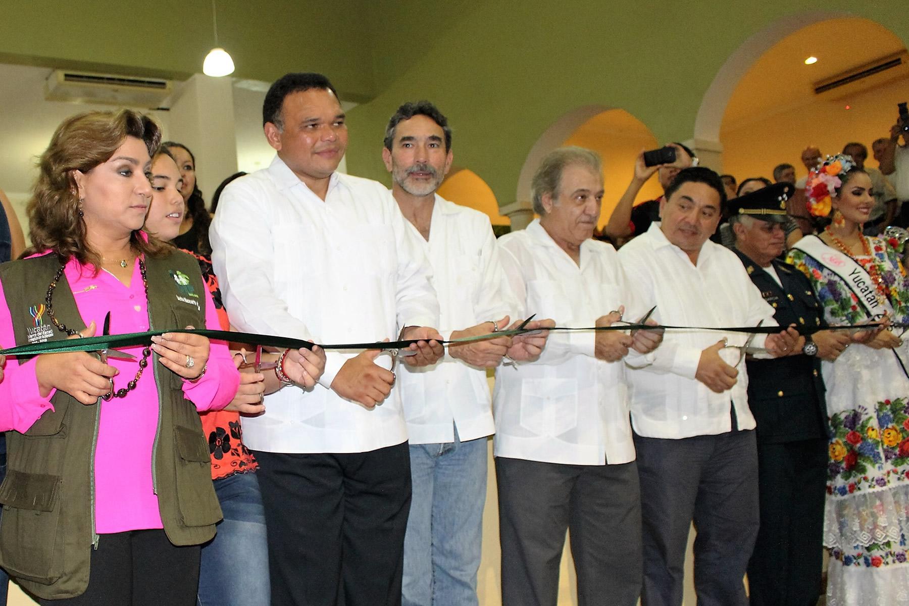 Expo Ganadera de Xmatkuil, Yucatán, prueba de fortaleza del sector pecuario: Gurría Treviño.