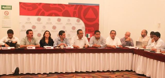 Javier Guerrero García, Subsecretario de la Sedesol y responsable del seguimiento y evaluación del Plan Nuevo Guerrero encabezó reunión con Presidentes Municipales.