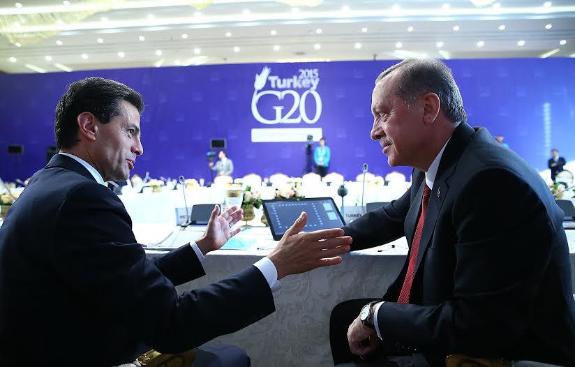 El Primer Mandatario mexicano felicitó al Presidente de la República de Turquía por su liderazgo en el G20 y por la organización de la Cumbre de Líderes que se llevó a cabo en esta ciudad.