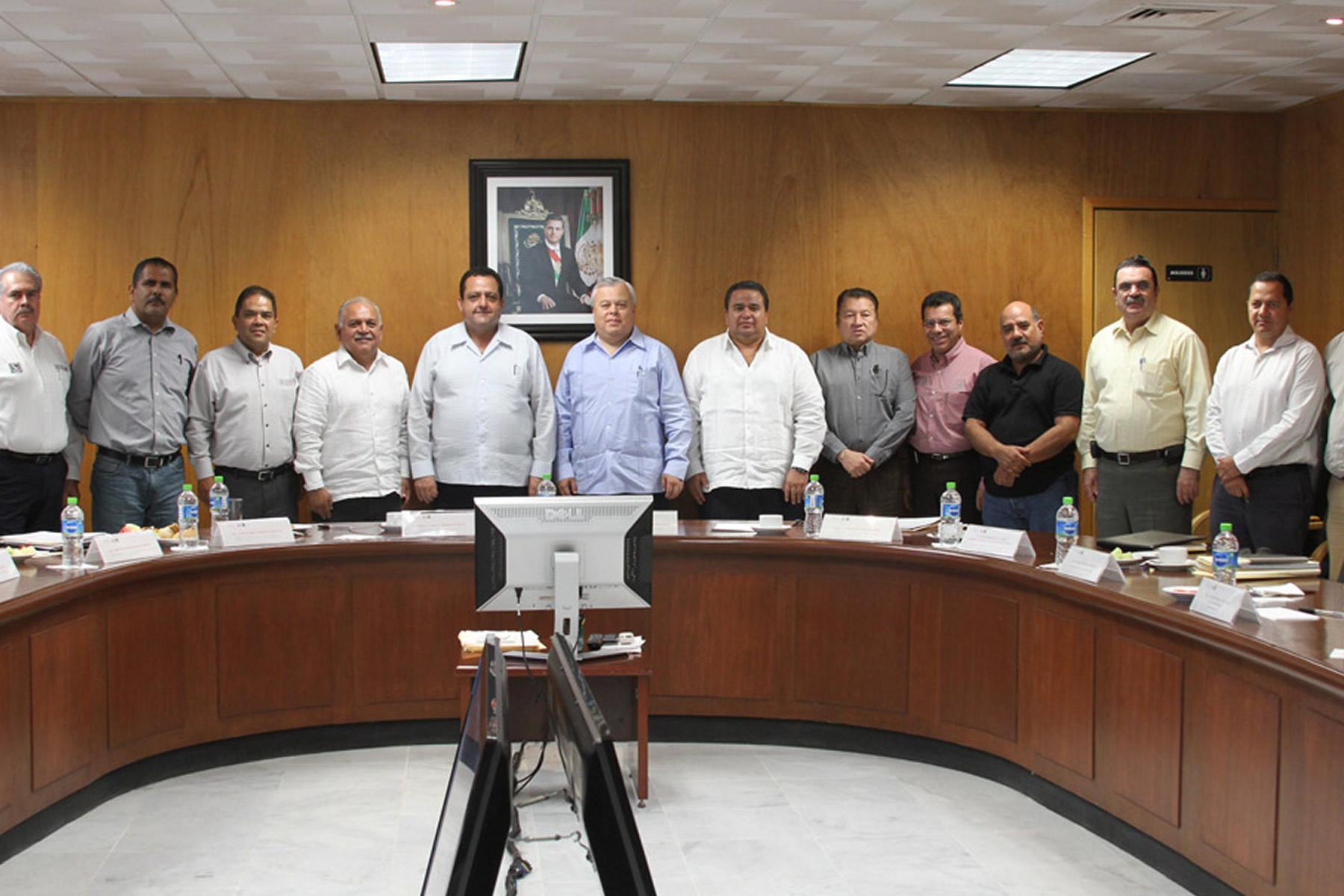 Concertan CONAPESCA y Gobierno de BCS compromiso de trabajo conjunto para el desarrollo del sector pesquero