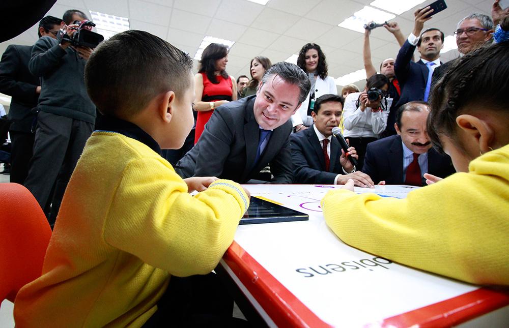 En Evaluación del Desempeño no hay cambios; se apoyará a maestros que quieran evaluarse, y se dará de baja a los que no participen: ANM