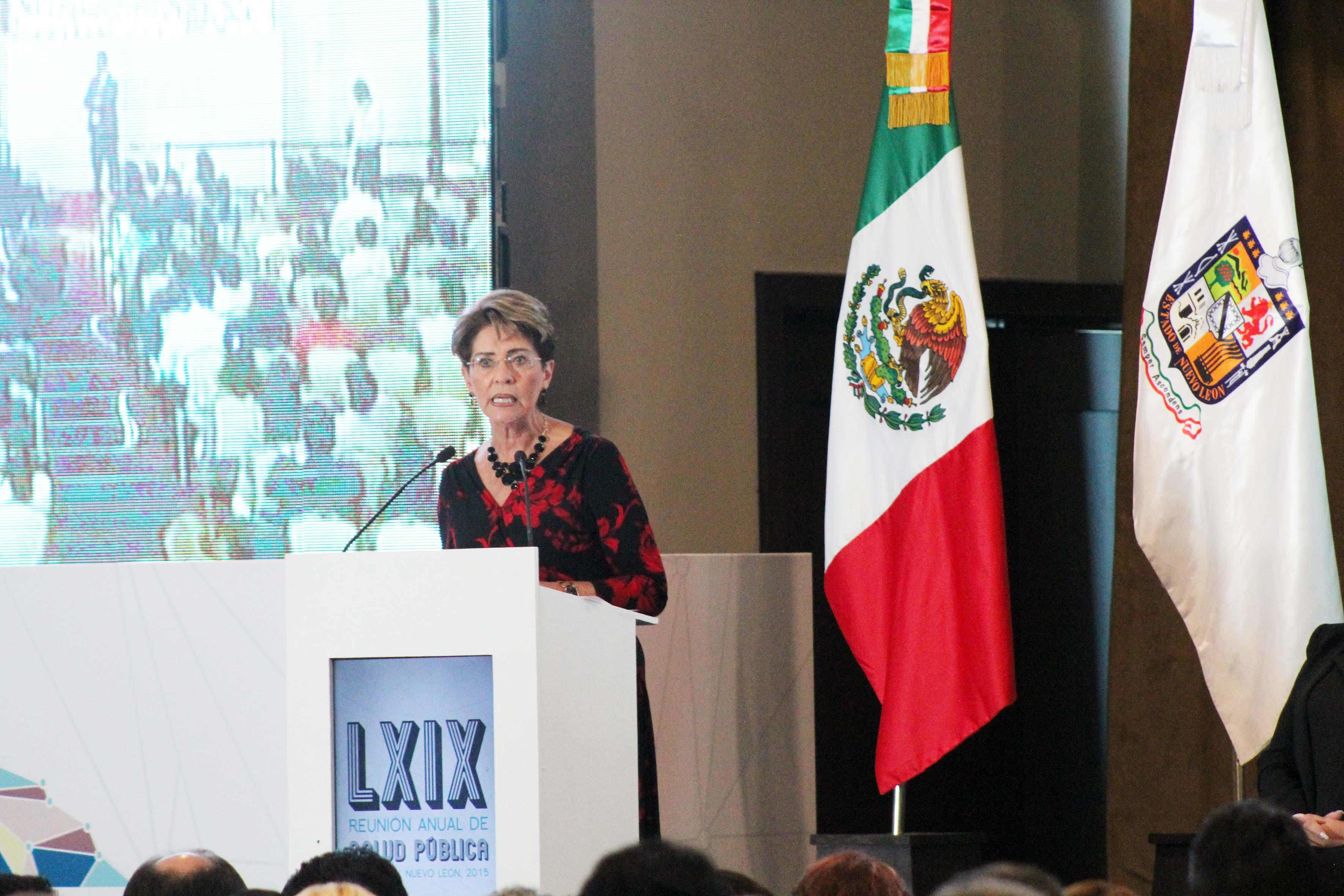Inauguró junto con el gobernador de Nuevo León, Jaime Heliodoro Rodríguez, la LXIX Reunión Anual de Salud Pública.