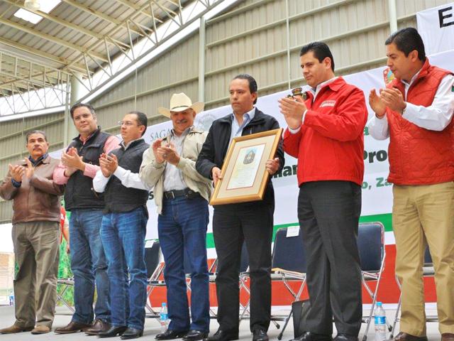 Se dará prioridad a los pequeños productores de hasta 20 hectáreas en los estados de Chihuahua, Durango y Zacatecas.