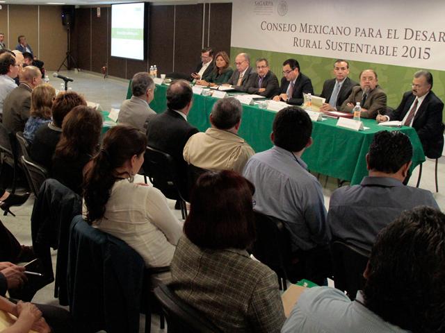Se realizarán 9 mesas de trabajo para recibir contribuciones por parte de los productores.