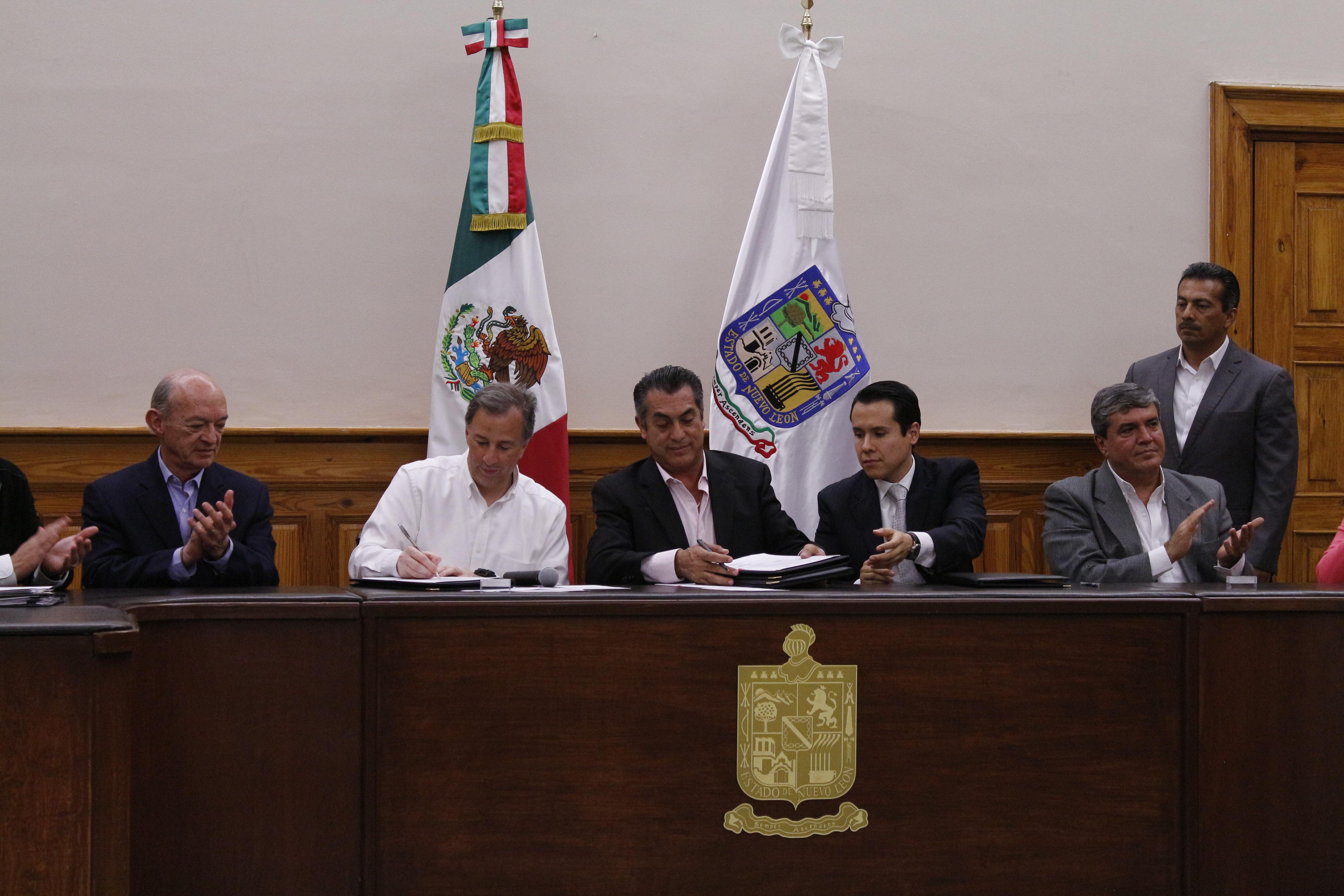 Sólo la coordinación y el esfuerzo de todos permitirá reducir la desigualdad en Nuevo León: Meade Kuribreña