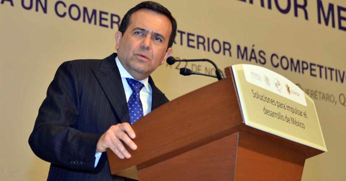 Clausura Ildefonso Guajardo el XX Congreso del Comercio Exterior Mexicano