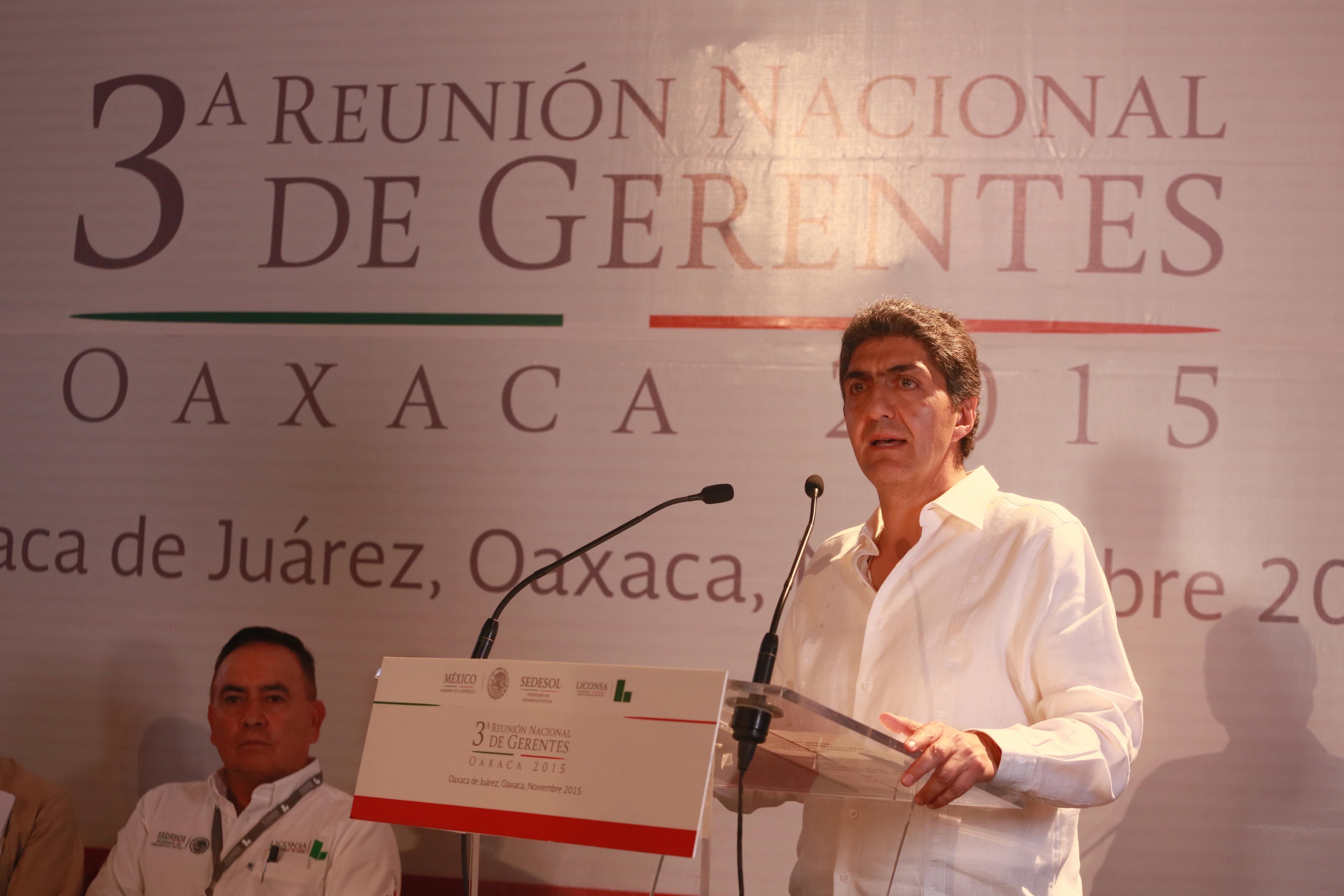El subsecretario Ernesto Nemer evalúa programas sociales en Oaxaca