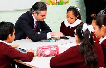 Informa que en diciembre arranca primera etapa del programa Escuelas al CIEN