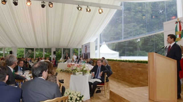 President Enrique Peña Nieto led the Gastronomic Experience in honor of the fraternal ties between Mexico and France.