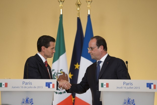During the president's state visit to France, 60 cooperation agreements were signed.