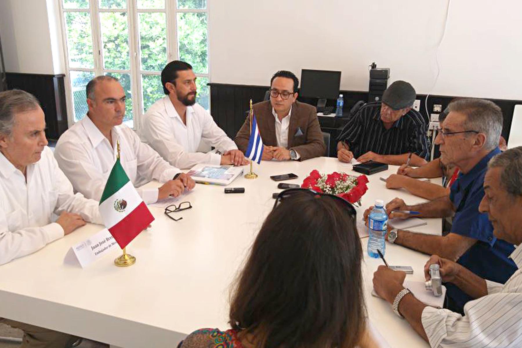 Gira de trabajo del secretario José Calzada Rovirosa por Cuba.