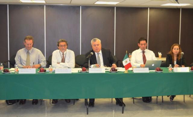 el comisionado Mario Aguilar Sánchez subrayó el trabajo que se realiza para mejorar, de forma sustentable, los niveles de producción del sector pesquero mexicano.