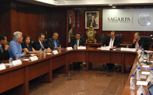 La SAGARPA y la Secretaría de Economía diseñan un tablero de control que cuantifique todos los productos agroalimentarios a nivel nacional y con base en ello tener cifras precisas de los volúmenes de producción por ciclo