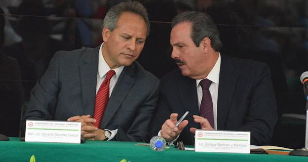 Secretario Enrique Mertínez y Martínez