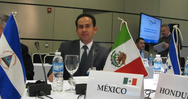 Ratifican al mexicano Víctor Manuel Villalobos Arámbula como director general del IICA