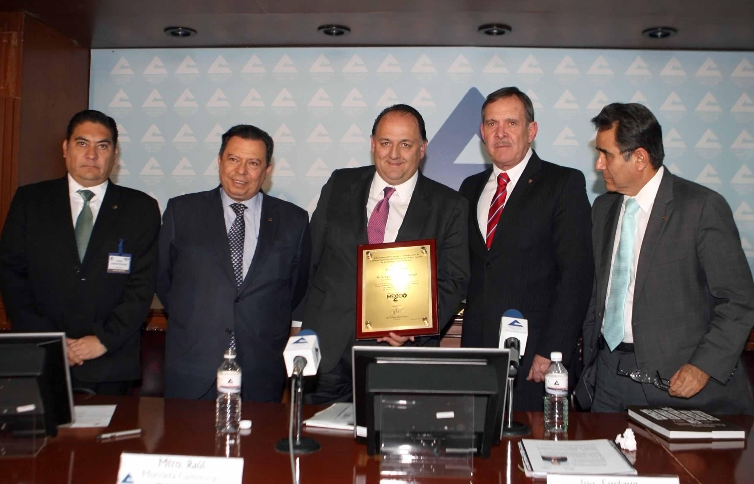 Detona SCT inversiones por 163 mil mdp en carreteras durante los dos primeros años de esta administración