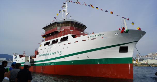 Efectúan botadura del primer buque mexicano de investigación pesquera y oceanográfica en aguas profundas