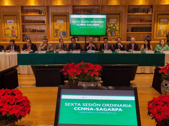 El secretario José Calzada Rovirosa encabezó la Sexta Sesión Ordinaria 2015 del Comité Consultivo Nacional de Normalización Agroalimentaria.