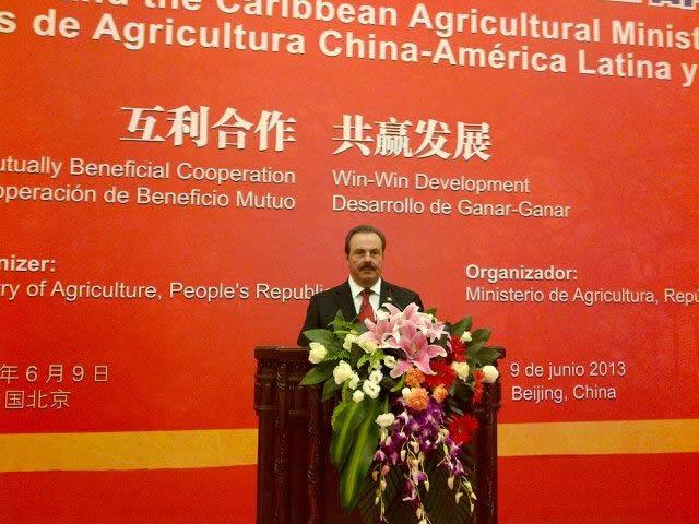 El titular de la SAGARPA fue distinguido para hablar en la apertura de los trabajos a nombre de los 22 países de la región participantes, efectuada en el Gran Salón del Pueblo --a un costado de la Plaza Tiananmen