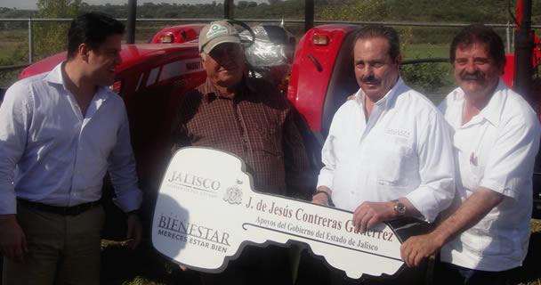 El secretario Enrique Martínez y Martínez participó en un diálogo plural y abierto con más de dos mil 500 productores de Jalisco.