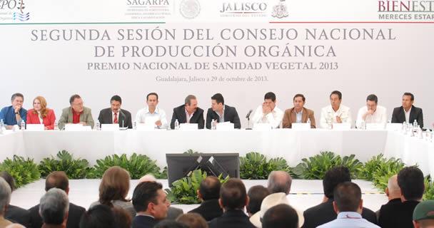 Afirmó que la confianza y la credibilidad en las normas y reglamentos en el ámbito nacional e internacional, son una pieza clave en las medidas para fortalecer el sistema de producción orgánica.