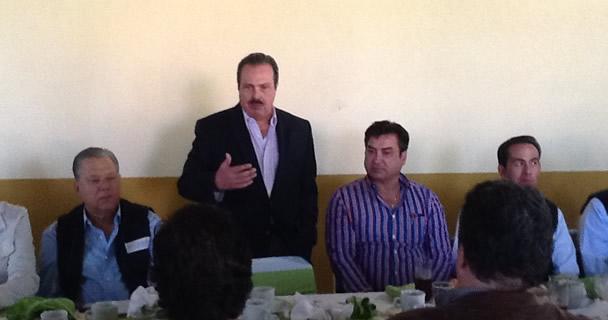 En reunión del titular de la SAGARPA, Enrique Martínez y Martínez, con productores y propietarios de equinos de Jalisco.