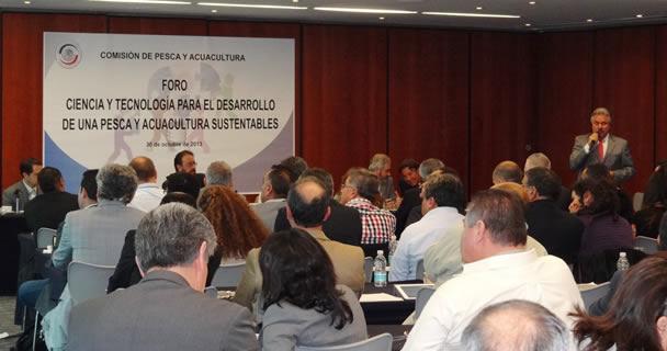 En el foro Ciencia y Tecnología para el Desarrollo de una Pesca y Acuacultura Sustentables.