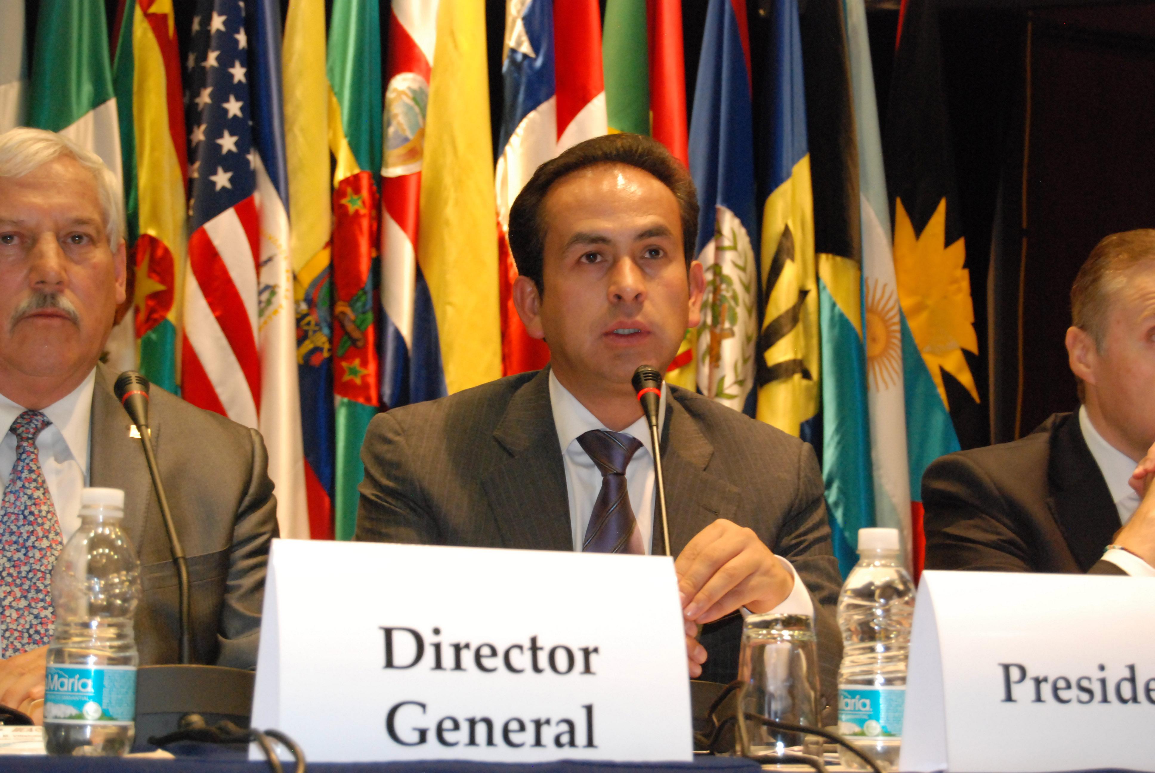 El secretario EnriquMéxico, D.F.,e Martínez y Martínez expresó su beneplácito por la candidatura del mexicano para seguir al frente del IICA.
